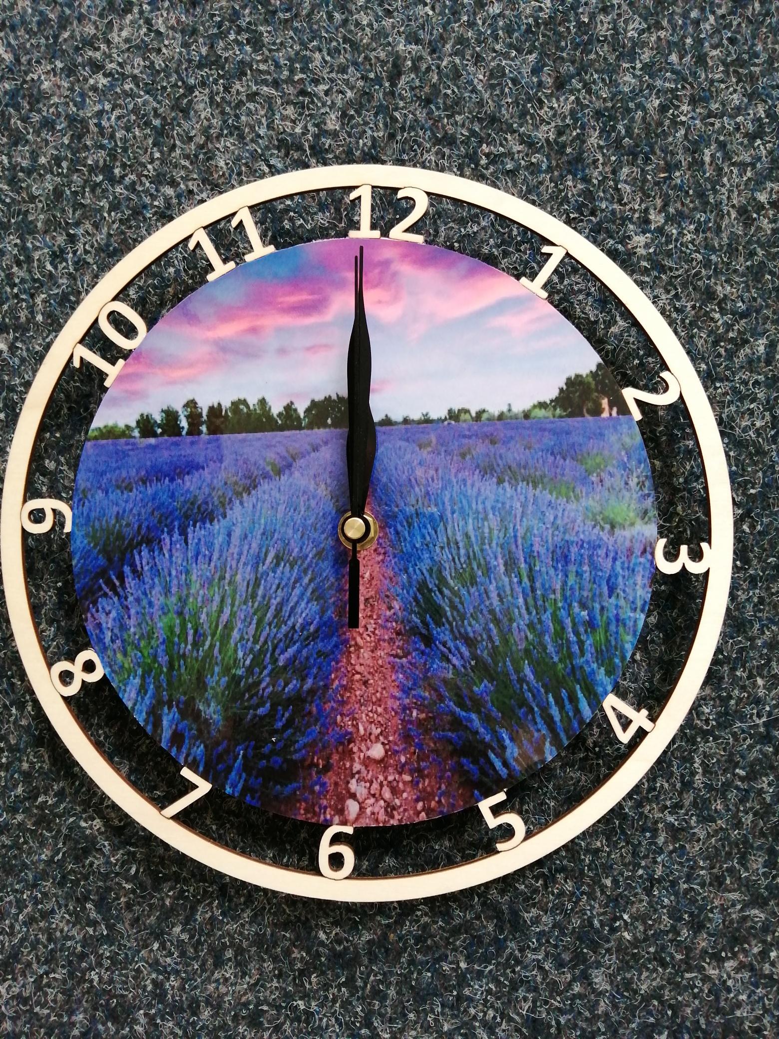Døevìné hodiny levandule - zvìtšit obrázek