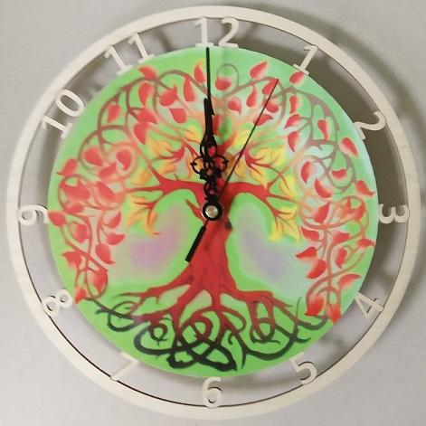 Døevìné hodiny strom života - zvìtšit obrázek