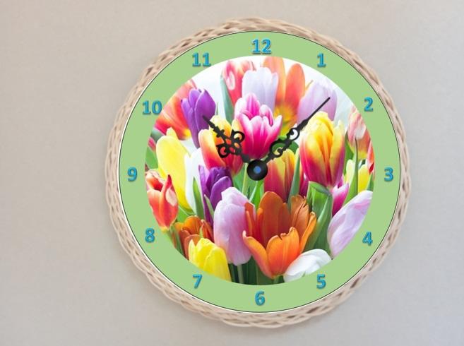 Døevìné hodiny tulipány - zvìtšit obrázek